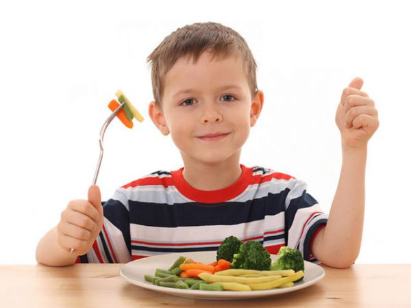 5 cores no prato infantil